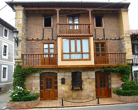 Apartamentos La Buganvilla